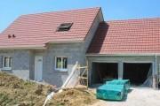 Le gros oeuvre d'une maison : charpente, couverture et menuiseries extérieures