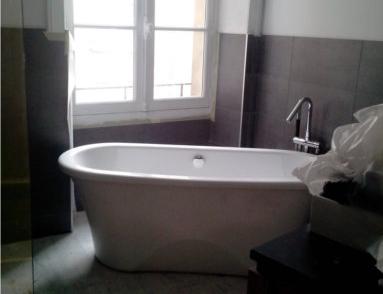 salle de bain place de bretagne